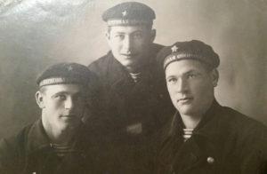 Leo Ayzin with fellow Soviet naval sailors.